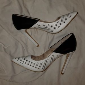 """French Connection """"Maya Perf"""" Heels Size 10"""
